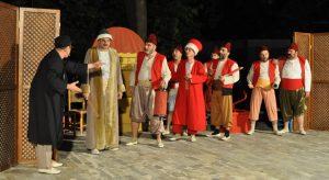 Çemberimde Gül Oya bugün Yeniköy'de sahnede!