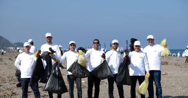 Nestlé  gönüllülerinden çevre temizliği
