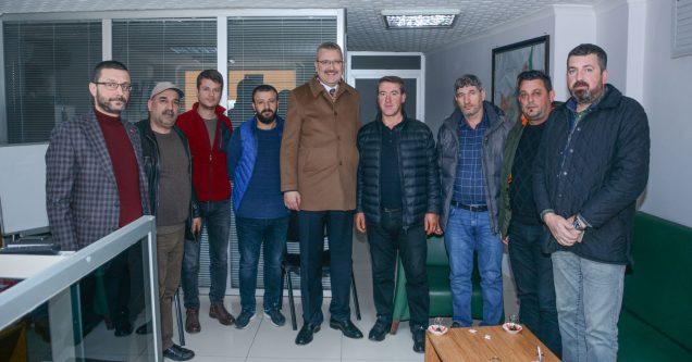 Özkan'dan esnaf ziyaretinde 'istişare' vurgusu