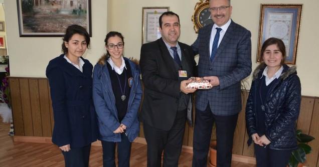 Karacabey'in  Uluslararası  Arenadaki  gururu  İMKB'den,  Belediye  Başkanı  Ali Özkan'a  ziyaret