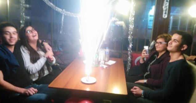 Hey İsmail Teras Cafe'den yıldönümü ve Sevgililer Günü kutlaması