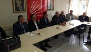 """Kent Konseyi'nden CHP'ye """"Hayırlı olsun"""" ziyareti"""
