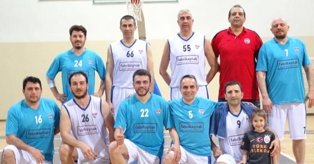 Belediye Gençlik Basketbol Takımı galibiyete doymuyor!