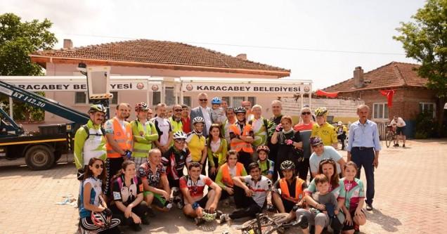 Bursalı bisikletçiler Karacabey'e hayran kaldı