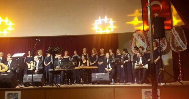 Karacabeyliler Derneği'nden müzik ziyafeti