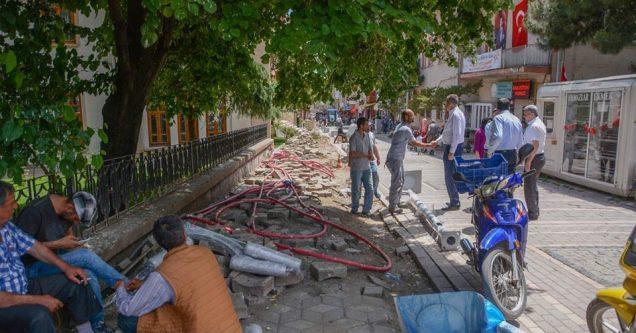 Karacabey'de devrim niteliğindeki altyapı çalışmaları tam gaz