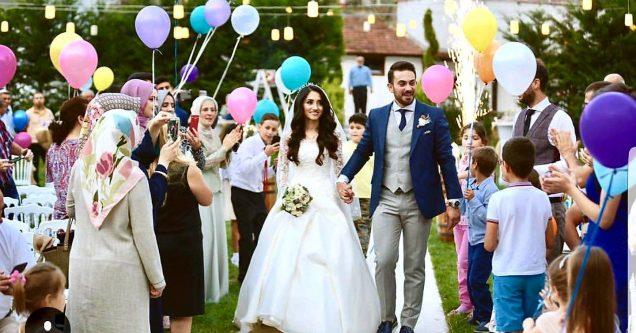 Merve ve Kerem'den rüya gibi düğün!
