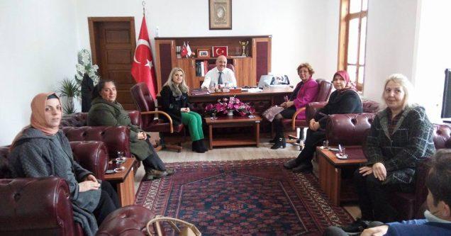 AK Kadınlar'dan Kaymakam'a ziyaret