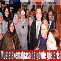Mustafakemalpaşa'da gövde gösterisi