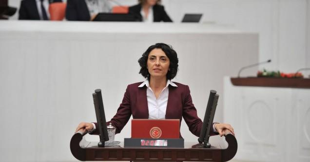 """Altaca Kayışoğlu, """"Gecekondu modeliyle oluşan sanayi iklimi olumsuz etkiliyor"""""""