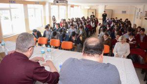 """""""Eğitime ve gençlere yapılan yatırım ülke geleceğinedir"""""""