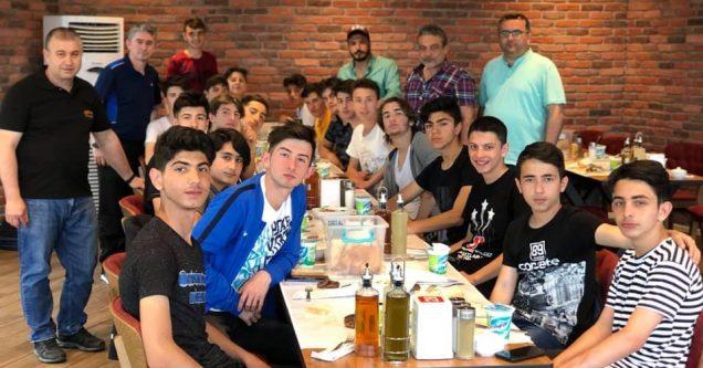 Karacabey Gençlerbirliği Elit Lig'e yükseldi
