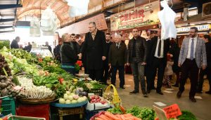 Mobil Başkan'dan esnaf  ve pazaryeri ziyareti