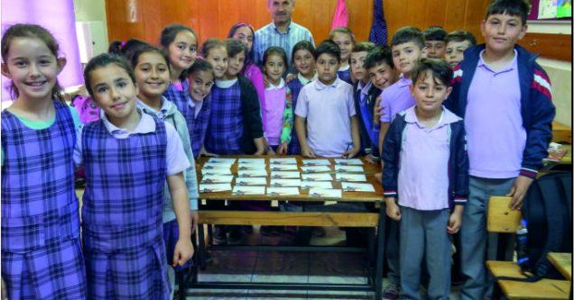 Atatürk'lü öğrencilerin anneleri mektubunuz var!
