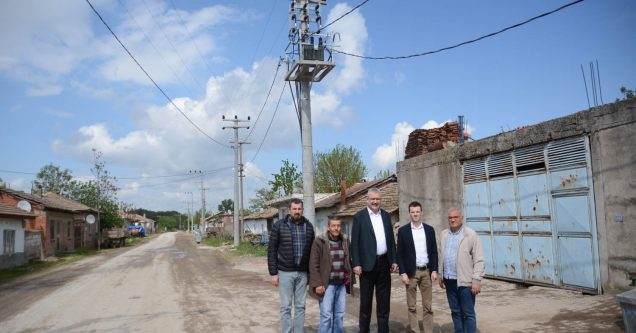 Köylerde elektrik hatları yenileniyor