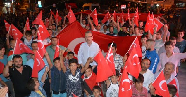 'Ülkemiz tüm dünya mazlumlarına örnek oldu'