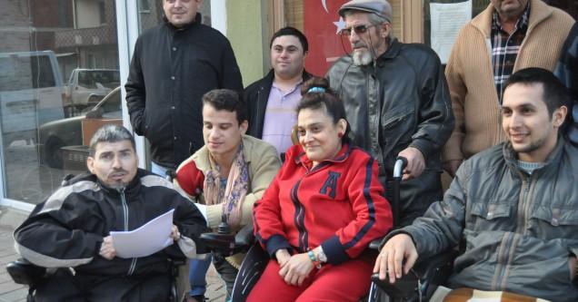 Engellilerden Ceylan'a kınama!