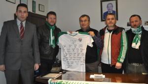 Rafet Öktem'den Bursaspor'a örnek bağış