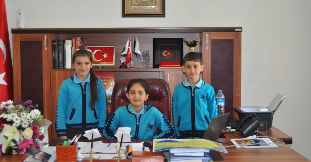 23 Nisan'da Karacabey'i çocuklar yönetti