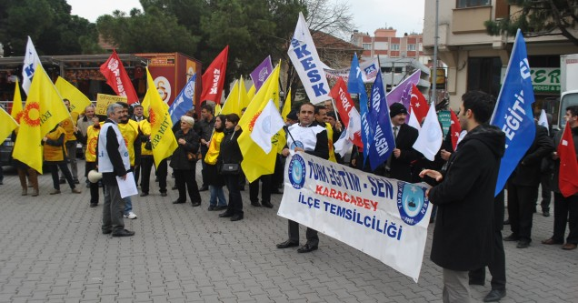 """Eğitim sendikalarından """"MEB tasarısı"""" protestosu"""