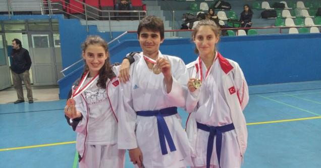 Turnuvada Dayı Karacabey Anadolu Lisesi rüzgarı