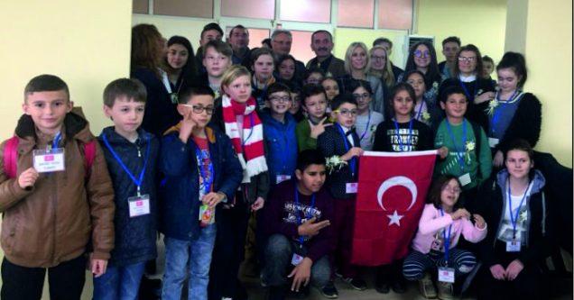 TOKİ İlkokulu, Avrupalı misafirlerini ağırlıyor