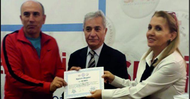 Güreş Antrenörü Varol'a 'Gelişim' belgesi