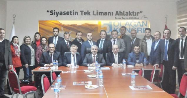 AK Parti görev dağılımı yaptı