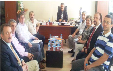 AKP'den Vergi Dairesi Müdürüne ziyaret