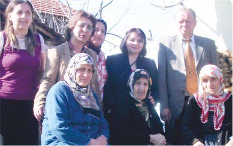 AKP'li kadınlar, yaşlıları unutmadı!