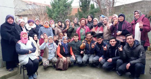 """AK Parti'nin sahadaki gücü AK Kadınlar"""""""