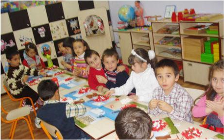Atatürk'ten ana sınıfı eğitimi