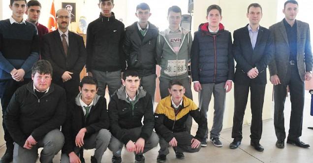 Bilişim öğrencileri, Belediye'nin teknolojisini inceledi