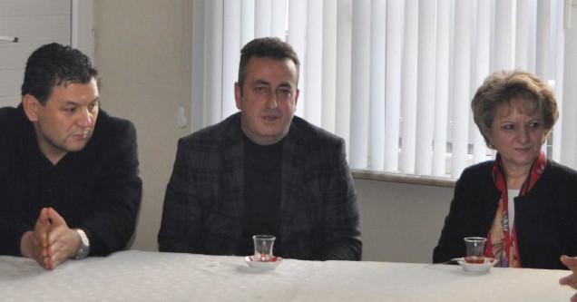 Erhan Erdem'den CHP'ye ziyaret