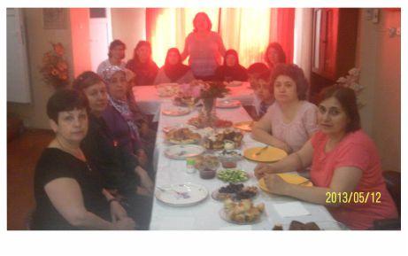 CHP'li kadınlardan şehit annelerine kahvaltı