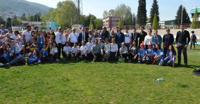 Karacabey Ortaokulu'ndan 2 ödül