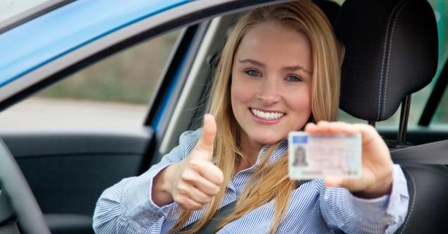 Ehliyetini  yenileyecekler  dikkat!