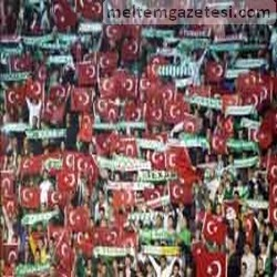 Futbol için küçük, barış için büyük adım!