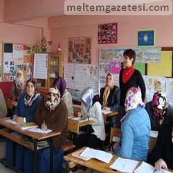 """Ana-Kız Okuldayız"" kampanyasına destek"