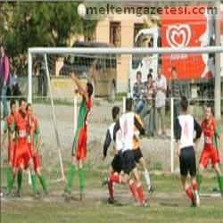 M.Fehmi Gerçeker Stadı'nda yarı final heyecanı