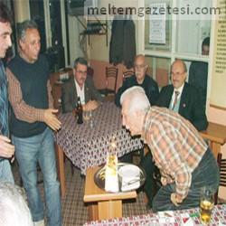 Timuroğlu, 81. yaşını kutladı