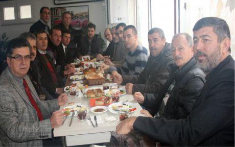 MHP'liler kahvaltıda buluştu