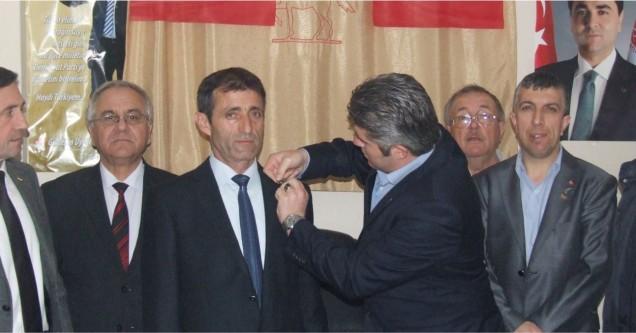 Meclis Üyesi Nezettin Şahinbaş DP'ye geçti