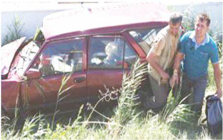 Önce traktöre çarptı sonra takla atıp karşı şeride uçtu