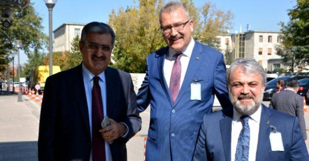 Özkan, Konuk'tan  Karacabey'e  fabrika  kurulmasını istedi