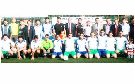 """Paşader'den görkemli """"Futbol"""" şöleni"""