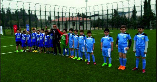 4. sınıflar Futbol Turnuvası başladı