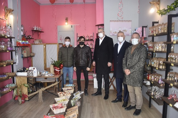 Başkan Özkan'dan esnaf ziyareti