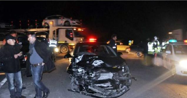 5 araç birbirine girdi: 11 yaralı