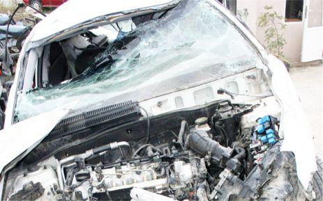 Üç üniversite öğrencisi kaza kurbanı